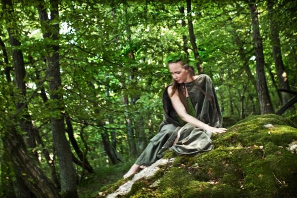 Renata Hazáková  forest female being